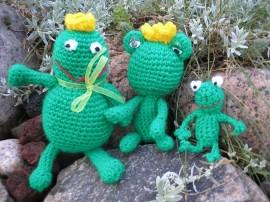 Szydełkowe żabki - Crocheted frogs